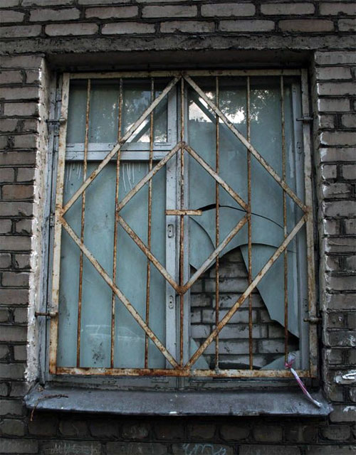 замурованное окно